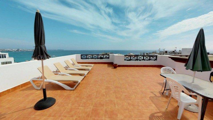 Spanien Kanarische Inseln Apartment mit Meerblick auf Lanzarote