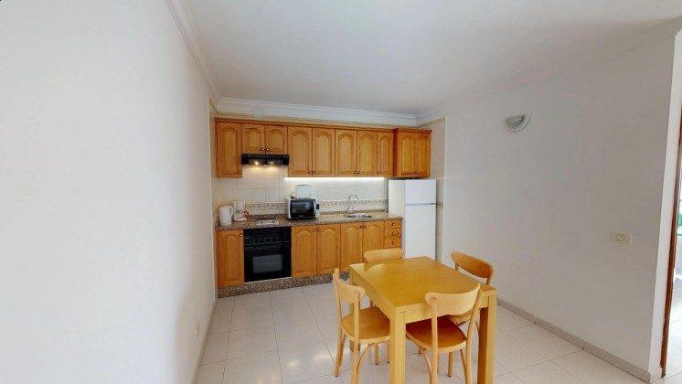 LZ 210769-1 gut ausgestattete Küchenzeile