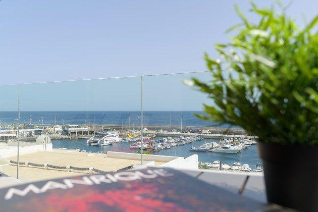 LZ 144288-46 Blick von der Terrasse zum Hafen