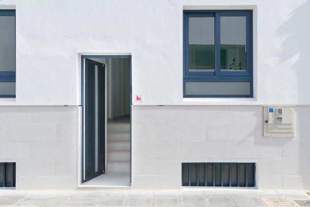 LZ 144288-48 Separater Eingang zur Wohnung