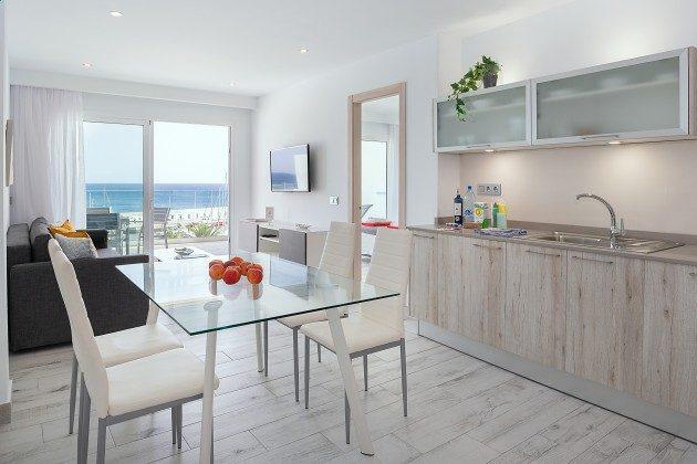 LZ 144288-48 gut ausgestattete Küche