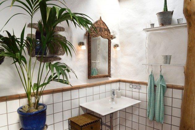 LZ 42477-4 Bad mit Waschbecken