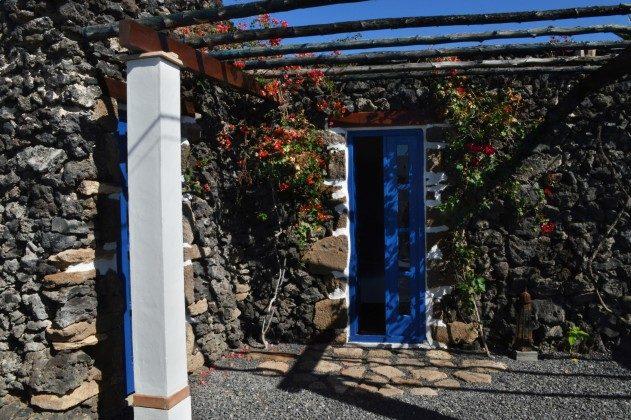 LZ 42477-4 Zugang hinterer Garten