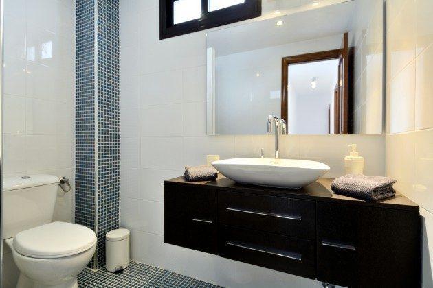 LZ 110068-27 Badezimmer mit Dusche