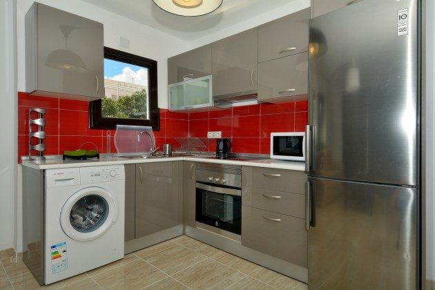 LZ 110068-27 Küche mit Waschmaschine
