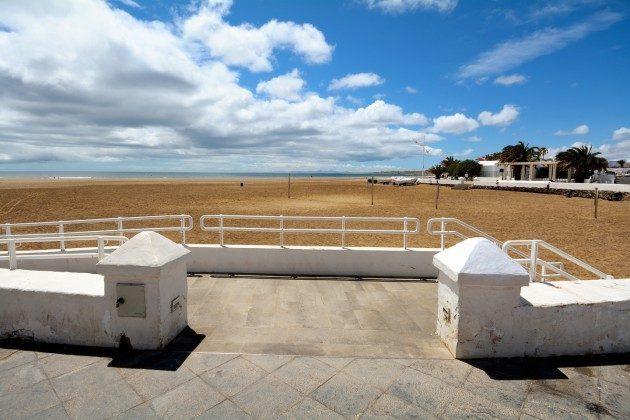 Blick auf den Strand von Playa Honda
