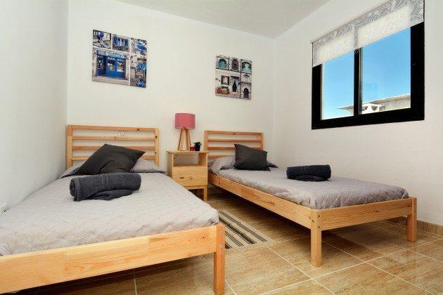 LZ 110068-27 Schlafzimmer mit Einzelbetten