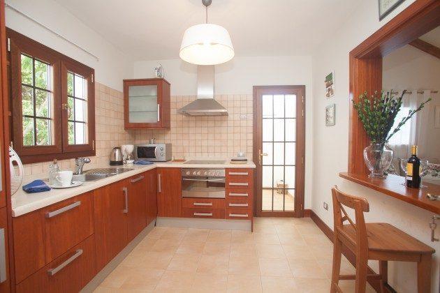 große Küche mit Durchreiche LZ 110068-33