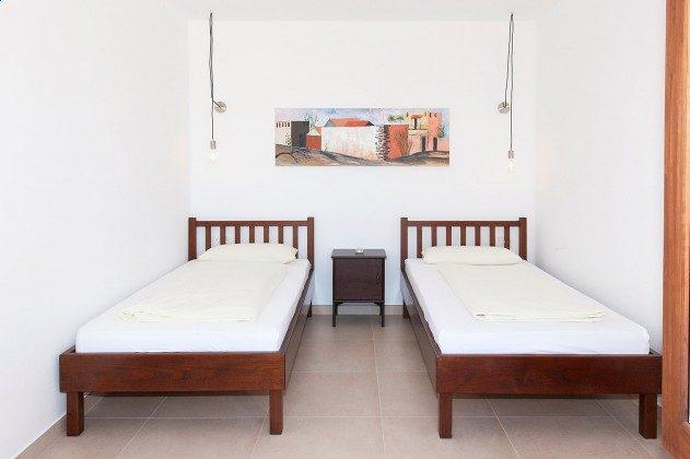 LZ 169479-1 Wohnbeispiel Schlafzimmer mit Einzelbetten, Wohnung Pared