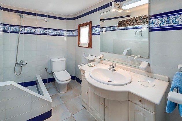 Badezimmer, Wohnung 1