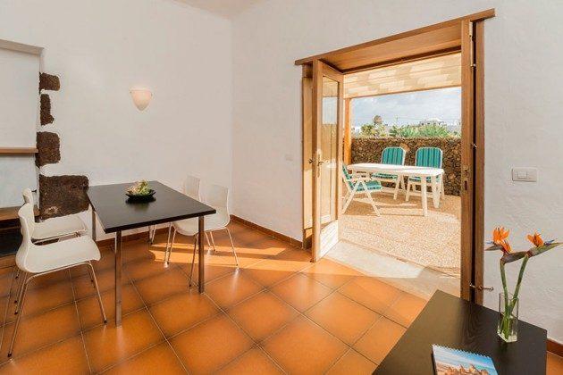 Wohnbereich und Zugang Terrasse, Wohnung 3 Hibiscus