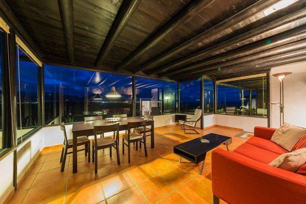 Wohnzimmer mit Essbereich mit Panoramafenstern LZ 169479-5 Vista Luna