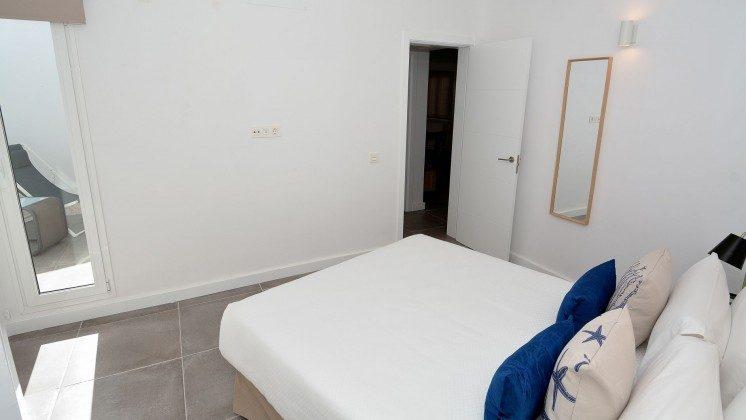 LZ 110068-81 Wohnbeispiel Schlafzimmer