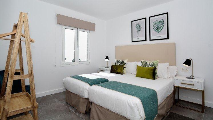 LZ 110068-82 Wohnbeispiel Schlafzimmer mit Einzelbetten