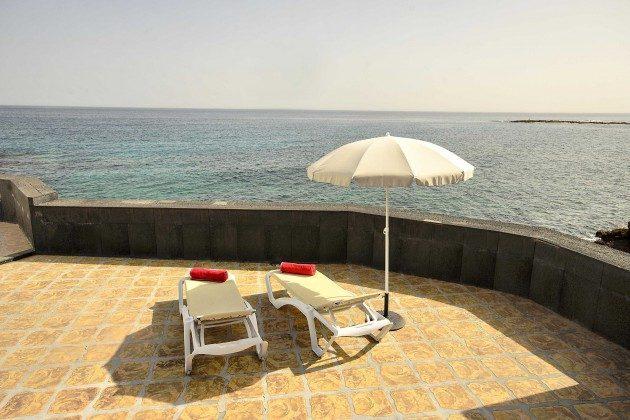 LZ 144288-41 große Terrasse am Meer