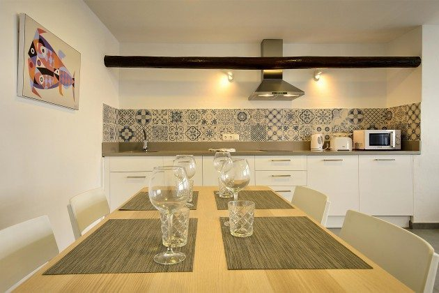 LZ 144288-41 Esstisch und Küchenzeile
