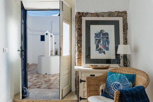 LZ 144288-21 Wohnbeispiel Eingangstür Apartment Lorenzo