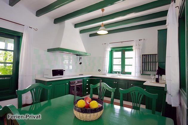 Wohnbeispiel Küche mit Essplatz (Mala)