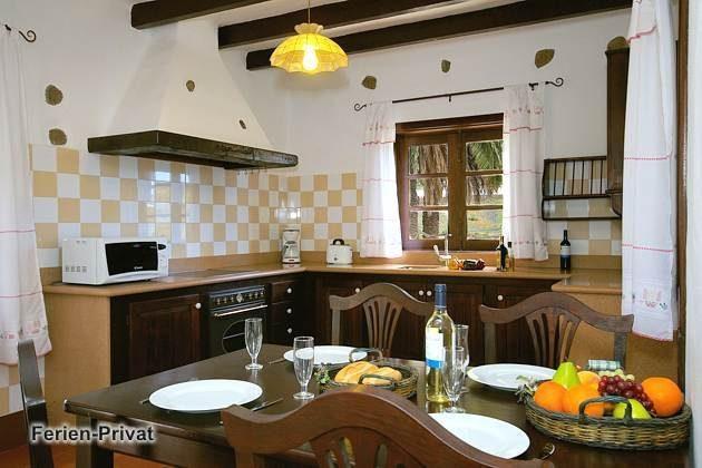 Wohnbeispiel Küche mit Essplatz (Orzola)