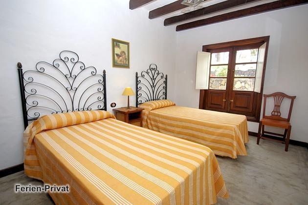 Wohnbeispiel Schlafzimmer mit zwei Einzelbetten (Arrieta)