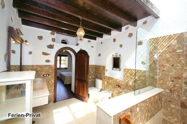 Wohnbeispiel Badezimmer (Guinate)