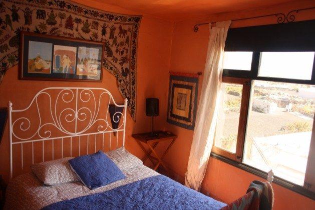 LZ 36081-1 Schlafzimmer mit Doppelbett