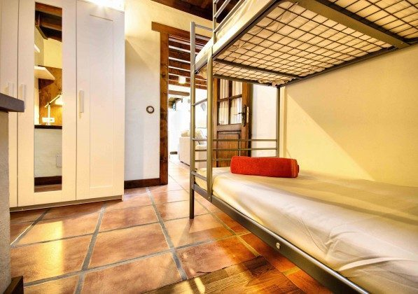 LZ 144288-38 weiteres Schlafzimmer mit Etagenbett