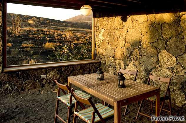 Lanzarote Ferienhaus mitten im Weinanbaugebiet