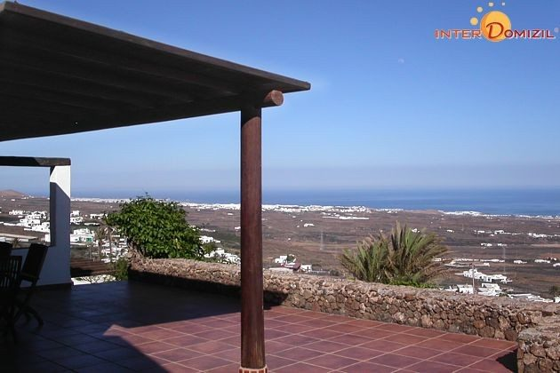 Lanzarote Ferienhaus mit Meerblick und Pool