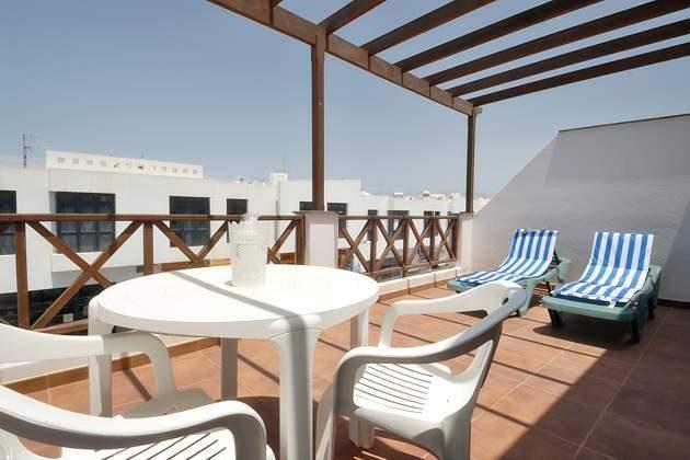 Spanien Kanarische Inseln Lanzarote Ferienwohnung mit Terasse