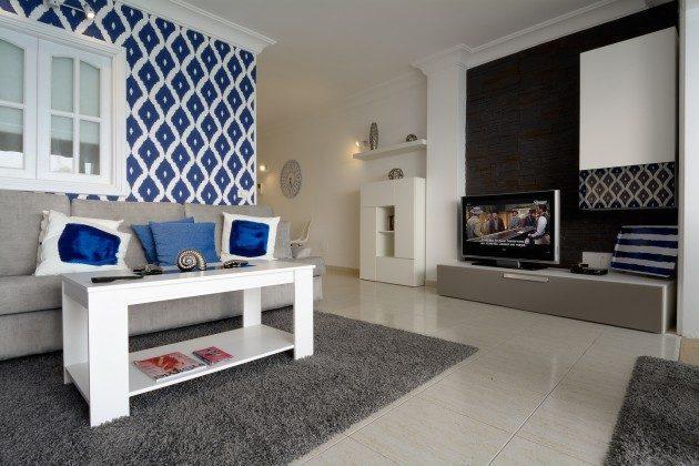 Wohnbereich mit TV LZ 110068-11