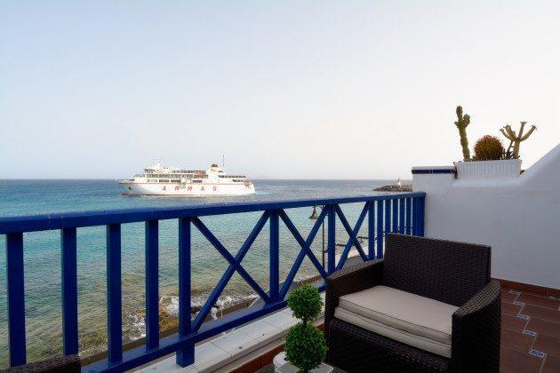 Blick auf Fähre nach Fuerteventura