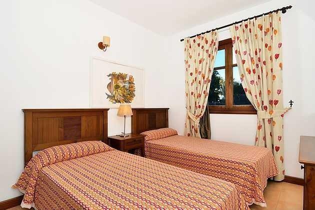 LZ 110068-4 Wohnbeispiel Schlafzimmer