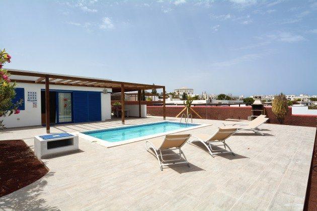 110068-5 Sonnenterrasse und Pool, Villa 2 C