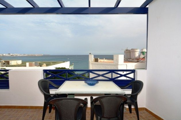LZ 110068-65 Balkon/Terrasse mit Meerblick