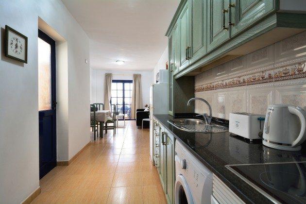 LZ 110068-71 Küche offen zum Wohnbereich