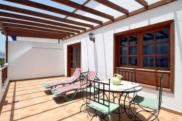 Spanien Kanarische Inseln Lanzarote Apartment mit Terasse