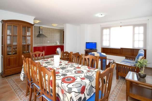 Küche offen zum Wohn- und Esszimmer