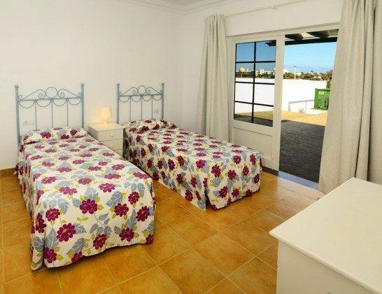 LZ 144288-30 Schlafzimmer mit Einzelbetten