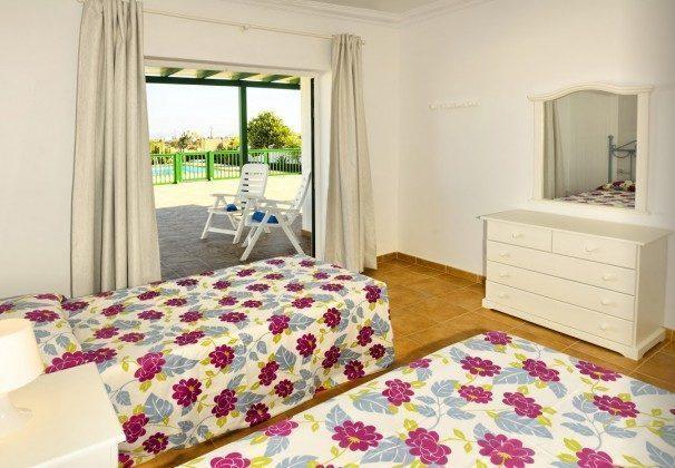 LZ 144288-30 vom Schlafzimmer direkter Zugang zur Terrasse