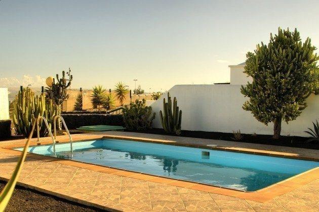 Spanien Lanzarote Kanarische Inseln Villa mit privatem Pool