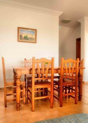 LZ 144288-31 Wohnbeispiel Esstisch im Wohnzimmer