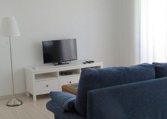LZ 169285-10 Wohnbereich mit TV