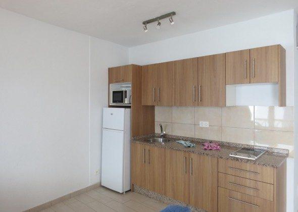 LZ 210769-10 Küchenzeile mit Kühl-/Gefrierschrank