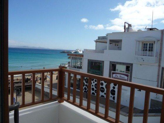 LZ 169285-12 überdachte Terrasse mit Blick auf Meer und Strand