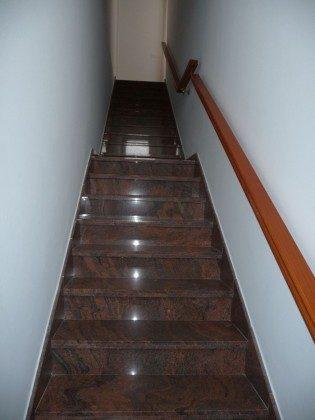 LZ 169285-12 Treppenaufgang zur Wohnung