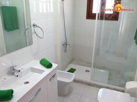210770-2 Wohnbeispiel Badezimmer