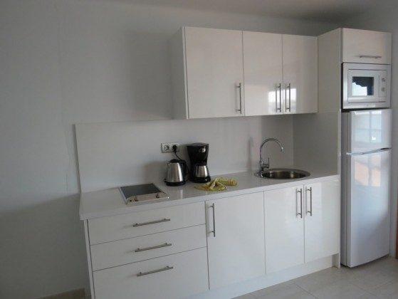 LZ 210769-2 moderne, gut ausgestattete Küchenzeile