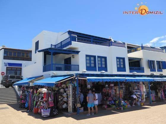 Viele Einkaufsmöglichkeiten an der Promenade