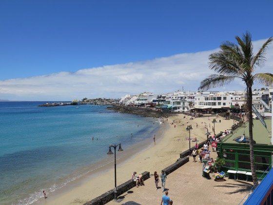 der kleine Strand im Zentrum des Ortes